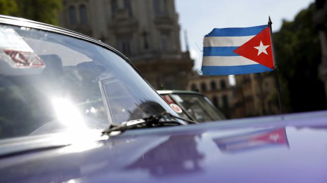 Dezasseis funcionários diplomáticos vítimas de perda de audição em Cuba