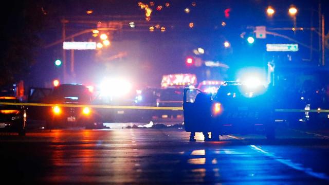 Dois mortos e três feridos em tiroteio na Califórnia, suspeito preso