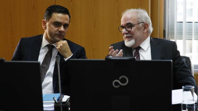 CDS insiste em questionar Vieira da Silva por escrito sobre Raríssimas