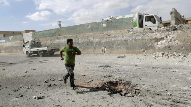 Raide aéreo mata 45 elementos do Estado Islâmico na Síria