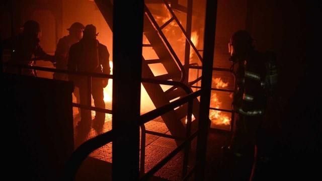 Após fogo, técnicos farão vistoria a edifício de Salvaterra de Magos