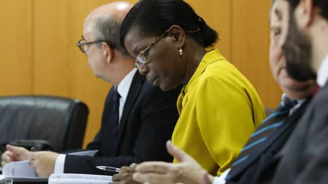"""Ministra da Justiça não dirá """"nem mais uma palavra"""" sobre mandato da PGR"""