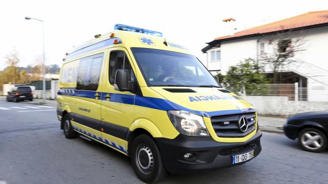 Motociclista de 40 anos morre em despiste em Paredes