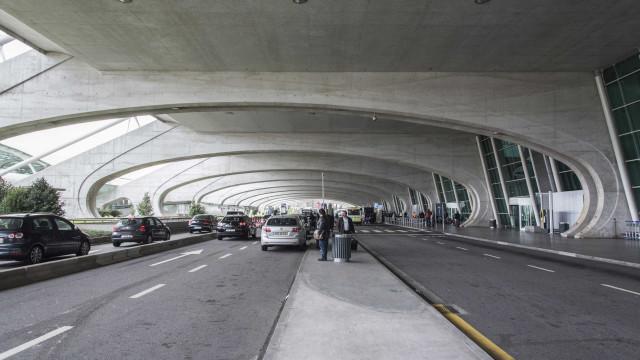 Taxas no aeroporto do Porto aumentam hoje 1,4% e no de Faro 1,49%