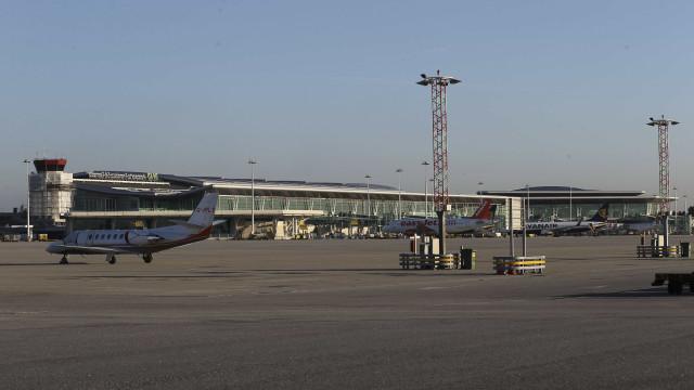 Governo e TAP negoceiam reativação de rotas no aeroporto Sá Carneiro