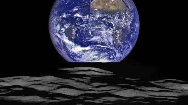 China lança satélite para lado oculto da Lua