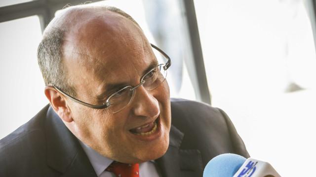 """Prioridade é """"reduzir mortos no Mediterrâneo e riscos de abuso"""""""
