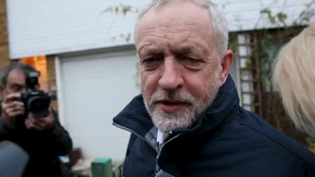 Líder trabalhista Jeremy Corbyn recusa segundo referendo
