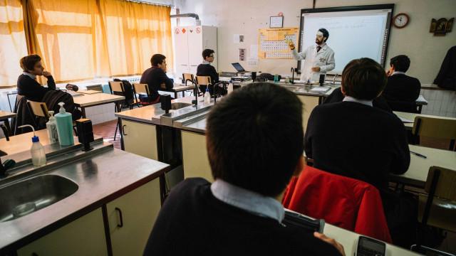 CDS/Açores pede contabilização de tempo congelado na carreira docente