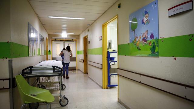"""AR recomenda desbloqueio """"urgente"""" da construção da pediatria do S. João"""