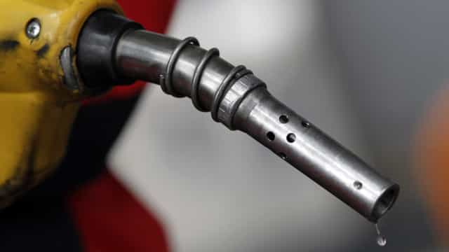Portugueses começam a semana com combustíveis mais caros