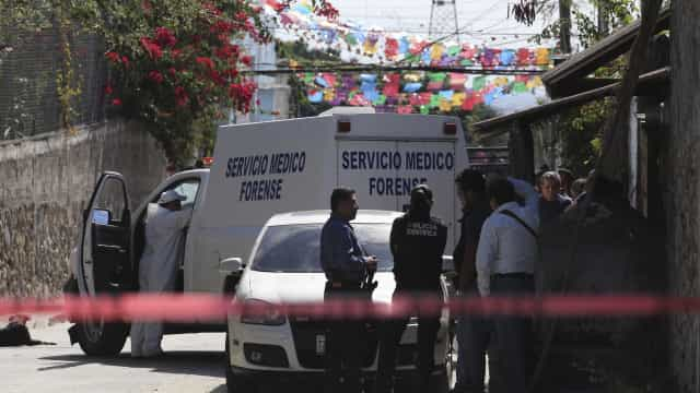 Nove pessoas encontradas mortas e empilhadas numa rua no México