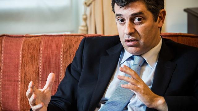 Ministro ouvido na sexta na AR sobre escolha de deputado do PS para ERSE