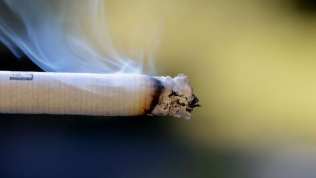 Portugueses sabem que não é seguro entrar num espaço onde se tenha fumado