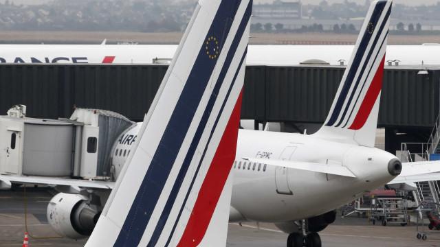"""Sindicato diz que há """"fortes riscos de greve"""" na Air France"""