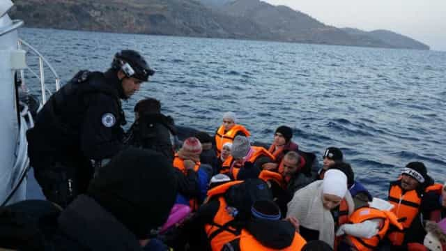 Polícia Marítima lusa resgatou 34 migrantes no Mar Egeu. 20 eram crianças