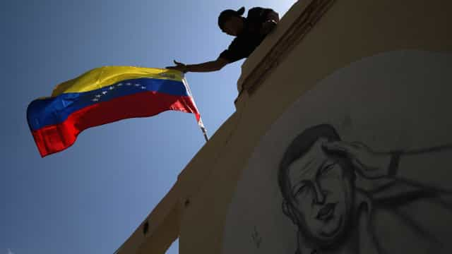 Venezuela: Petrolífera estatal denuncia bloqueio financeiro dos EUA