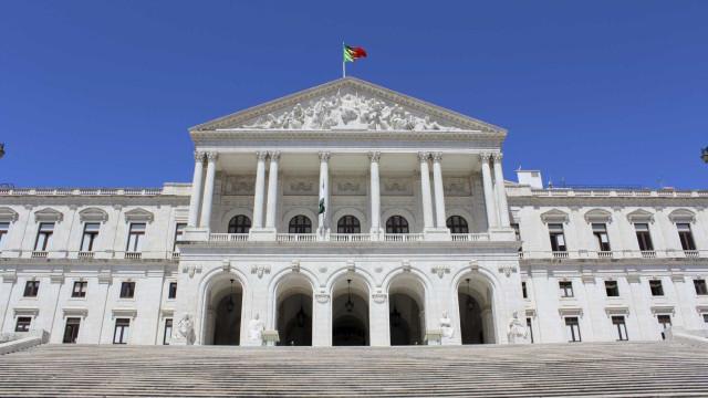 Comissão parlamentar de inquérito ao assalto a Tancos toma posse amanhã