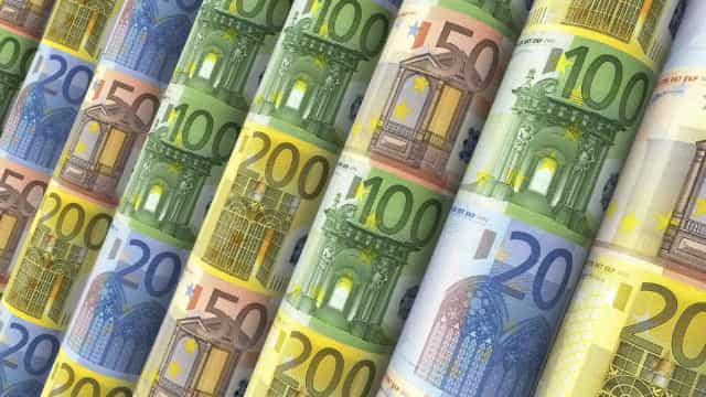 Sentimento económico desce na zona euro pelo 7.º mês consecutivo