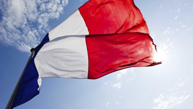 Economia francesa cresce 1,1% no 1.º trimestre em termos homólogos