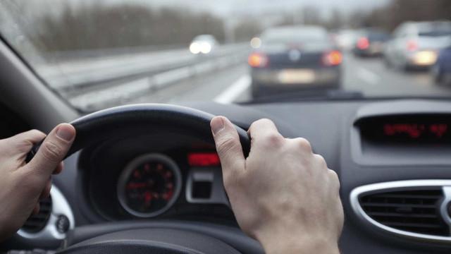 Costuma ouvir o seu carro chiar? Pode ser um destes problemas