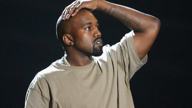 Kanye West volta a apagar contas nas redes sociais
