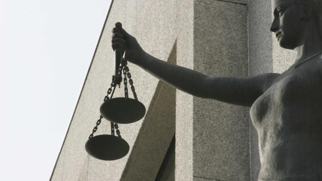 Acusado de ameaçar juíza de morte falha julgamento por razões de saúde