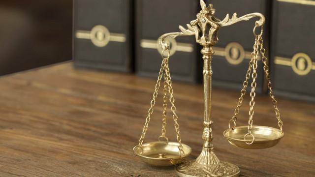 Penas suspensas para homens que burlaram o Estado em 441 mil euros