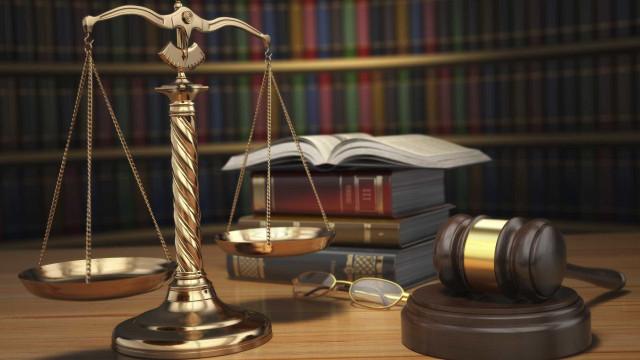 Suspeitos de lesar o Estado em 52 milhões ouvidos amanhã em tribunal