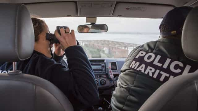Parapente avistado mas buscas foram suspensas devido ao estado do mar
