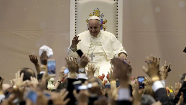 Zika leva Papa Francisco a admitir uso de contracetivos