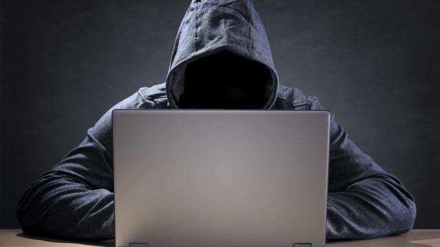 """Especialistas avisam que """"está a aproximar-se o próximo 'cyberfuracão'"""""""
