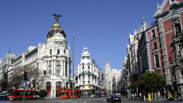Madrid tenta voltar à normalidade depois de morte de vendedor ambulante
