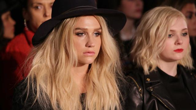 Kesha recorda quando percebeu que a sua saúde estava 'fora de controlo'
