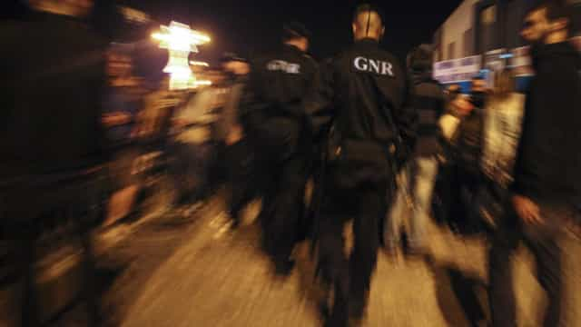 GNR detém 27 suspeitos de tráfico de droga durante o Músicas do Mundo