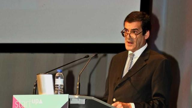 """Rui Moreira acusa Governo de """"centralismo"""" devido a benefícios fiscais"""