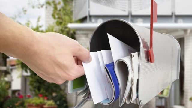 Detida carteira que desviava cartas para ficar com cartões de crédito