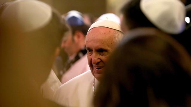 Papa inicia processo para beatificação de sacerdote português