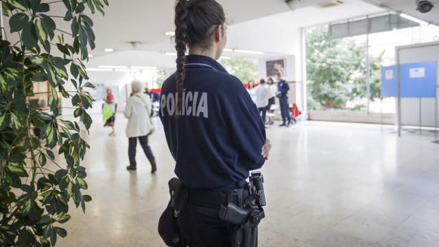 PSP detém mulher por suspeitas de burla em arrendamentos em Sintra