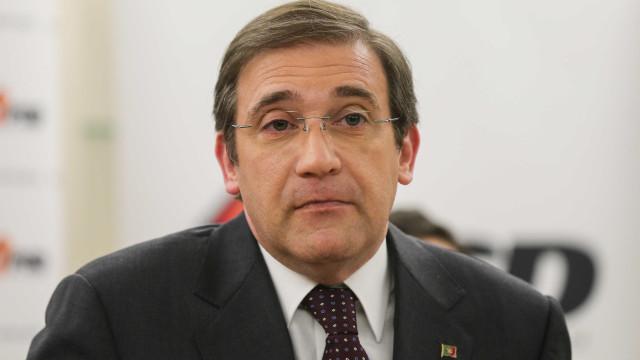 """Passos Coelho apela à Esquerda para """"equilíbrio"""" no """"leilão orçamental"""""""