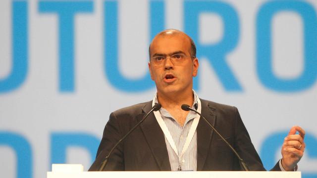 """A """"data curiosa"""" em que um ministro português liderou o Eurogrupo"""