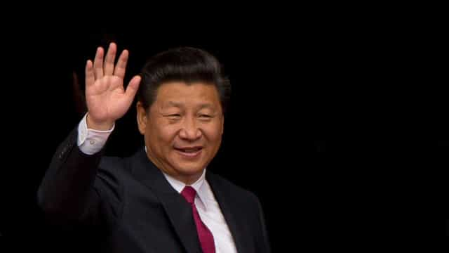 Presidente chinês compromete-se com Macron a defender acordo de Paris