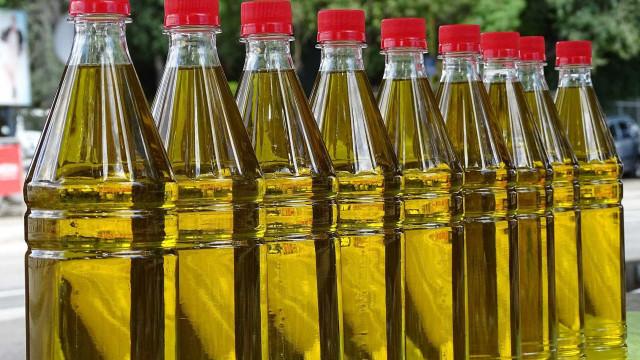 Apreendidos 4.200 litros de azeite falsificado que continha óleo vegetal