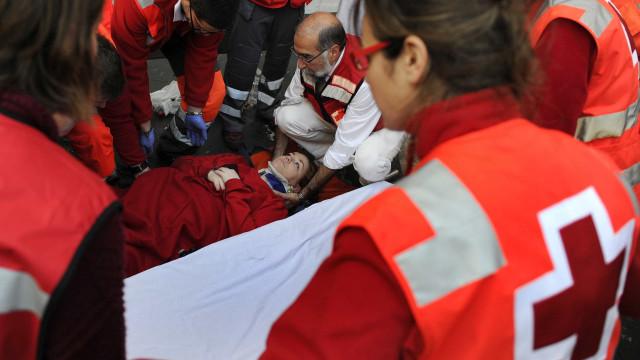 Quatro mortos e vários desaparecidos em colapso de viaduto na Colômbia
