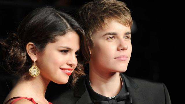 Instagram de Selena Gomez foi hackeado... com fotos íntimas de Bieber