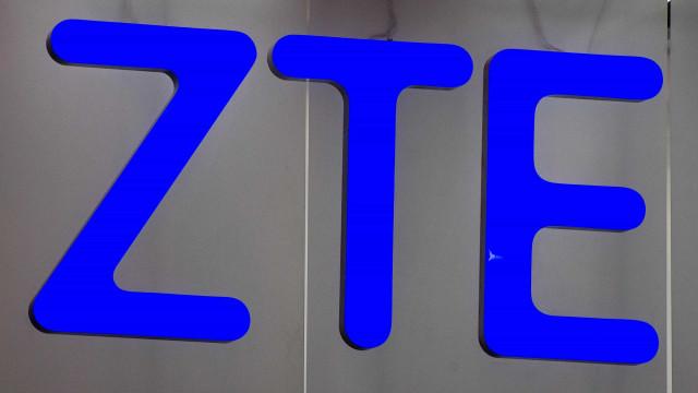 Ações de grupo chinês ZTE caiem 39% após retomar negociações