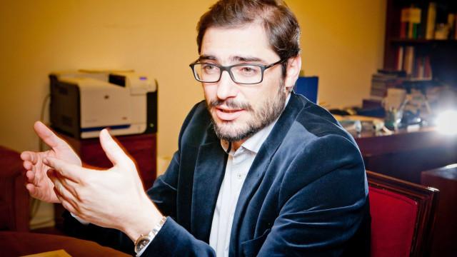 PCP quer ouvir ministro sobre reposição de telecomunicações ardidas