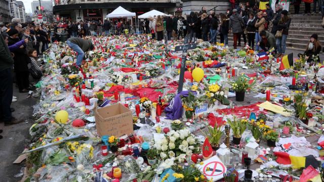 Bruxelas: 15 mil pessoas esperadas na marcha de hoje contra o terror