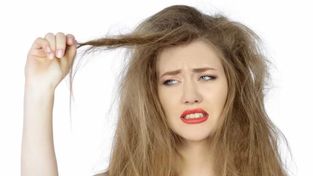 Truque para 'domar' o cabelo frisado