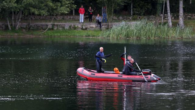 Autoridades procuram pescador que caiu ao rio em Paredes de Coura